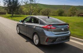 Hyundai Ionic, 2016 г.в. Запас хода до 311 км. От 38 990 евро.